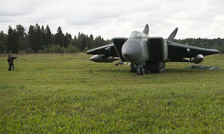 Tiem kich bom hoi - vu khi nguy trang bi mat cua Nga - Anh 1