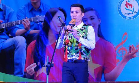 An tuong dem nghe thuat sinh vien Bac Giang tai Ha Noi - Anh 11