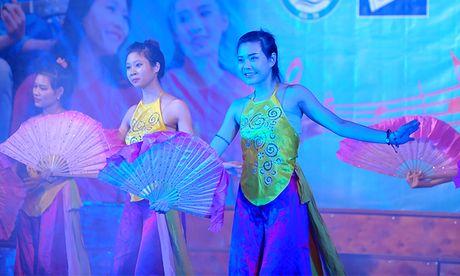 An tuong dem nghe thuat sinh vien Bac Giang tai Ha Noi - Anh 6