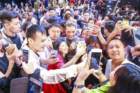 Mr Dam da chinh phuc 4000 khan gia bang chuong trinh 12 ty dong nhu the nao? - Anh 2