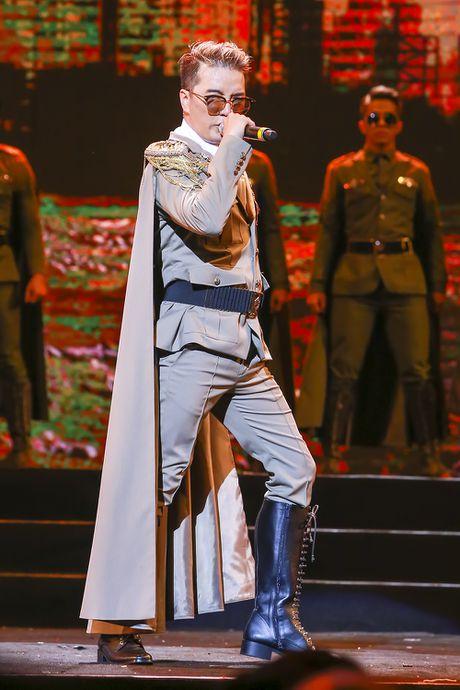 Mr Dam da chinh phuc 4000 khan gia bang chuong trinh 12 ty dong nhu the nao? - Anh 6