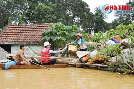 Thuy dien Ho Ho dang xa lu voi luu luong lon - Anh 3