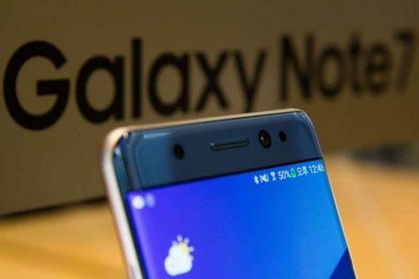 Hang khong My cam mang Galaxy Note 7 len may bay - Anh 1