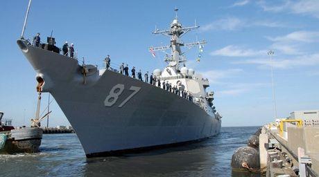 Lan thu 3, khu truc ham USS Mason My bi tan cong o Bien Do - Anh 1