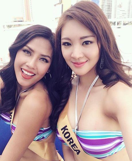 Nguyen Thi Loan khoe dang nong bong voi bikini tai Hoa hau Hoa binh 2016 - Anh 7