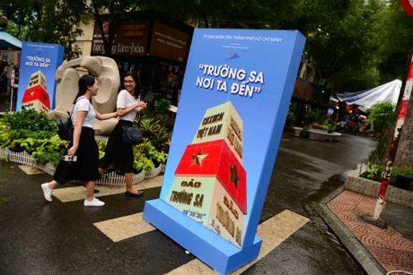 Hinh anh Truong Sa giua duong sach TP.HCM - Anh 1