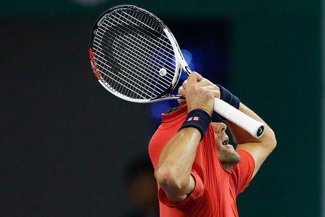 Xe ao, dap vot, Djokovic van thanh cuu vuong o Thuong Hai Masters - Anh 3