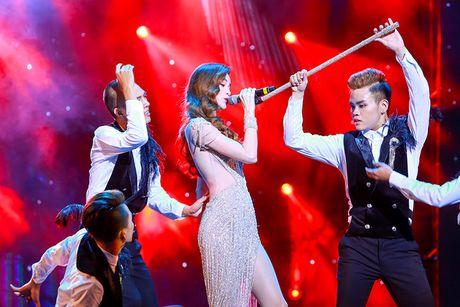 Ho Ngoc Ha nong bong tren san khau 'Diamond Show' cua Mr Dam - Anh 8