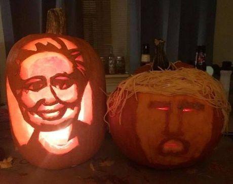 Giat minh vi qua bi ngo Halloween co bo mat ong Donald Trump - Anh 3