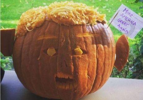 Giat minh vi qua bi ngo Halloween co bo mat ong Donald Trump - Anh 4