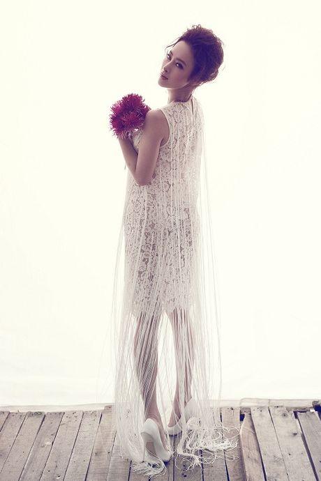 Angela Phuong Trinh cang tran voi dam ren xuyen thau - Anh 12