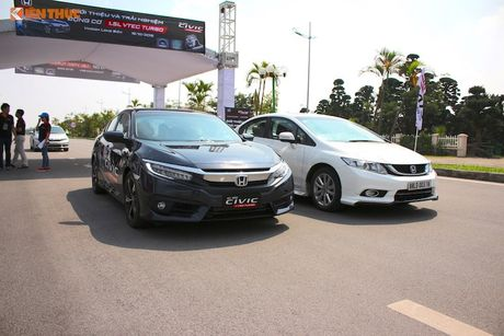 Cam lai Honda Civic 2017 i-VTEC Turbo 1.5l tai Ha Noi - Anh 1