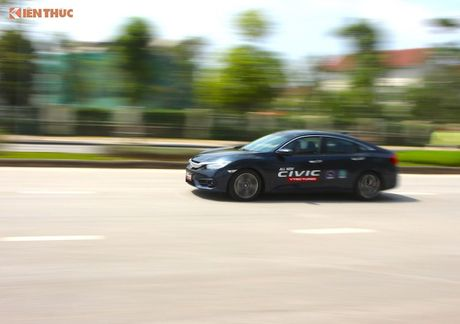 Cam lai Honda Civic 2017 i-VTEC Turbo 1.5l tai Ha Noi - Anh 6