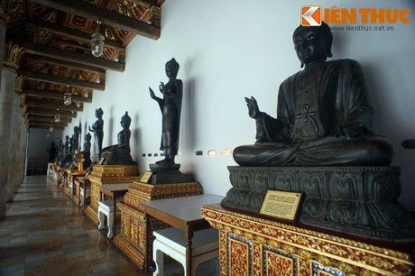 Kham pha ky quan chua Cam Thach cua Hoang gia Thai Lan - Anh 10
