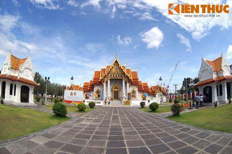 Kham pha ky quan chua Cam Thach cua Hoang gia Thai Lan - Anh 2