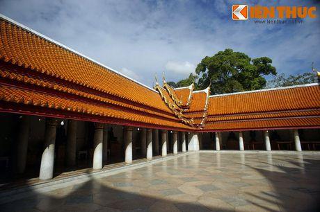 Kham pha ky quan chua Cam Thach cua Hoang gia Thai Lan - Anh 9