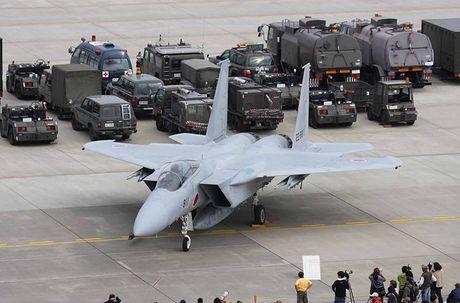 Nhat Ban dung tiem kich F-15J dau Su-35, J-20 Trung Quoc? - Anh 3