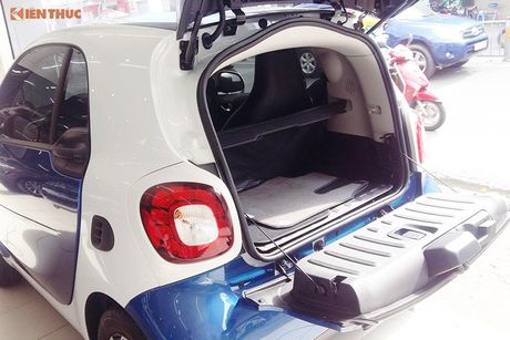 'Xe hop' Smart fortwo 2016 tien ty dau tien tai VN - Anh 14