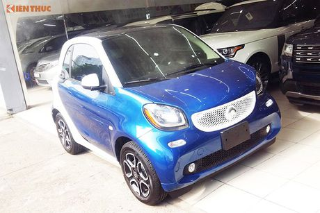 'Xe hop' Smart fortwo 2016 tien ty dau tien tai VN - Anh 1