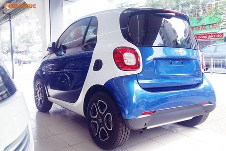 'Xe hop' Smart fortwo 2016 tien ty dau tien tai VN - Anh 3