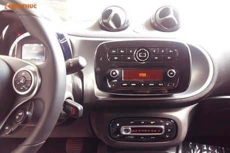 'Xe hop' Smart fortwo 2016 tien ty dau tien tai VN - Anh 9