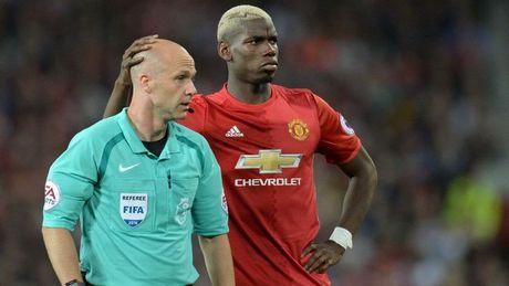 Mourinho gap hoa truoc tran Liverpool vs Man Utd - Anh 1