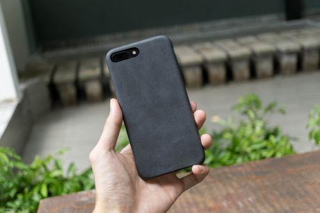 Tren tay bo op lung Uniq danh cho iPhone 7 va iPhone 7 Plus - Anh 15