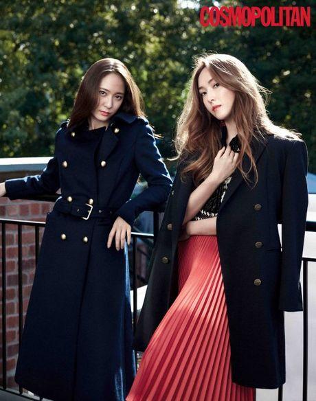 Chi em nha Jung, Red Velvet khoe ve goi cam tren tap chi - Anh 1