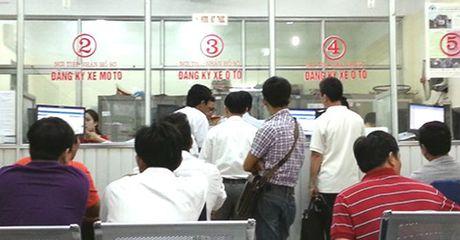 Tu ngay 1/1/2017, le phi dang ky o to, xe may thay doi nhu the nao? - Anh 1