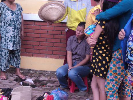 Giang luoi tim kiem be trai 8 tuoi bi nuoc cuon o Binh Duong - Anh 1