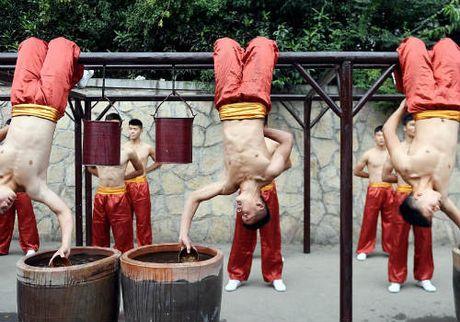 Choang ngop man dong dien vo Thieu Lam tuyet dinh - Anh 10