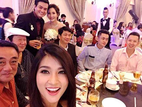 Nam dien vien Cao Minh Dat ket hon o tuoi 41 khien fan bat ngo - Anh 1