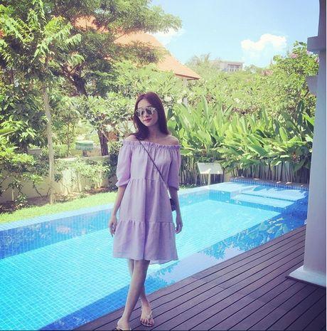 Cuoc song dang sau anh den san khau cua Hoa hau 'sach nhat' Viet Nam - Anh 22