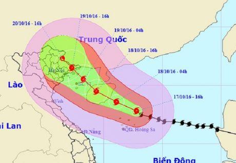 Quang Ninh: Chu dong phong chong sieu bao kep co the do bo vao dat lien - Anh 1