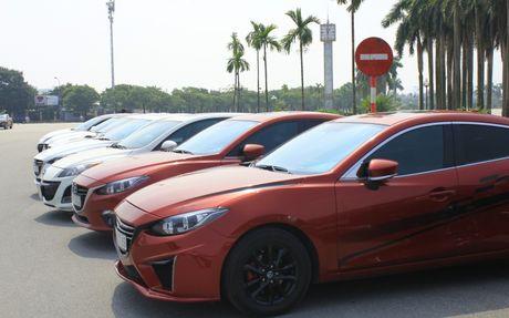 Choang ngop dan Mazda 3 hoi ngo tai Ha Noi - Anh 15