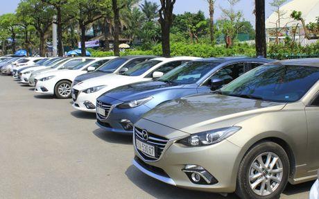Choang ngop dan Mazda 3 hoi ngo tai Ha Noi - Anh 6