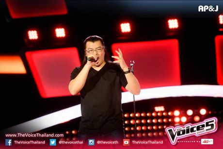 Sau Doraemon, The Voice Thailand lai khien khan gia 'phat dien' vi… 7 vien ngoc rong - Anh 1