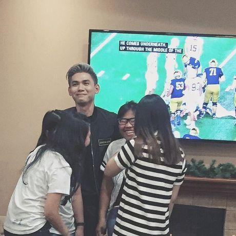 Sang tan nuoc My xa xoi, Dai Nhan van duoc cac fan chao don nong nhiet - Anh 5
