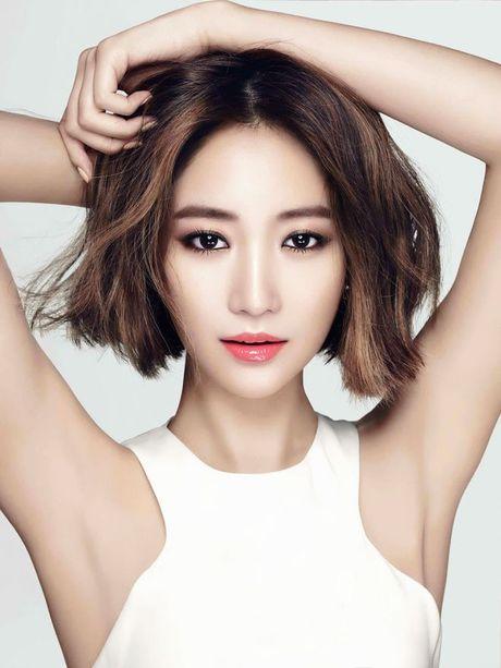 Day la 8 'manh' de 1 co nang binh thuong co the trang diem dep nhu beauty blogger - Anh 4