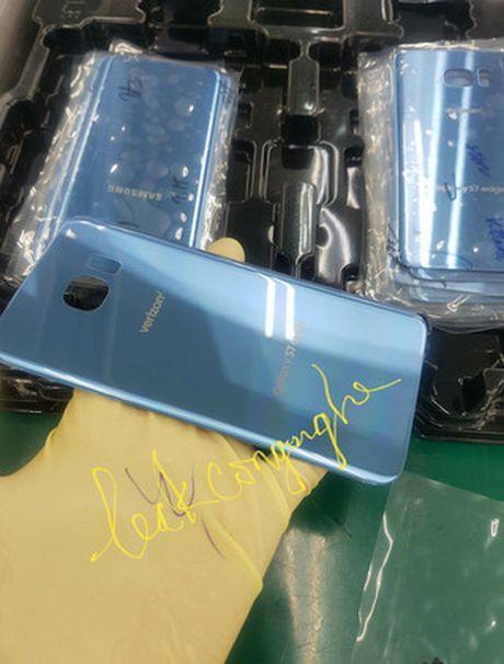 Samsung Galaxy S7 edge se co phien ban xanh san ho! - Anh 1