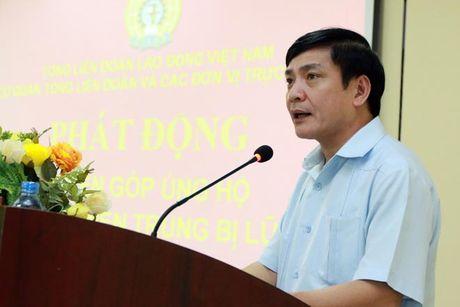 Tong LDLDVN ra loi keu goi ung ho nhan dan cac tinh mien Trung - Anh 1