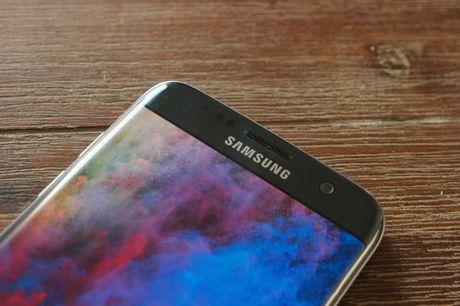 Samsung bat dau phat trien firmware cho Galaxy S8 - Anh 1