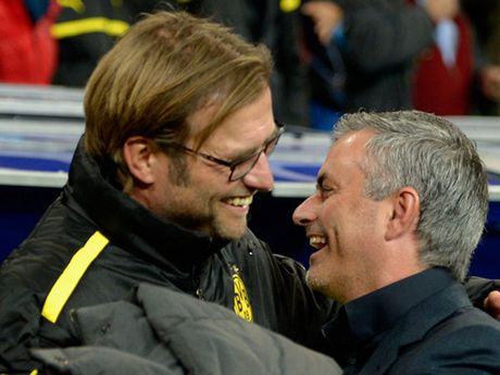 'Derby' Liverpool - MU qua cai nhin cua  Adrian Clarke - Anh 1