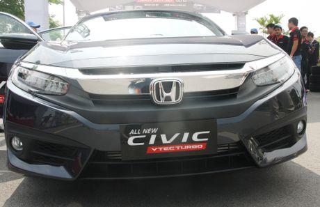 So sanh Honda Civic the he moi va cu o Viet Nam - Anh 5
