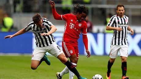 Ancelotti da voi vang khi che Bundesliga nham chan - Anh 1