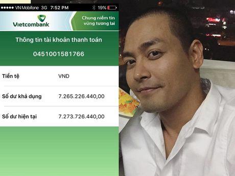 Van dong duoc gan 8 ty, MC Phan Anh han hoan 'bat mi' suat qua cho 4.000 ho mien Trung - Anh 1