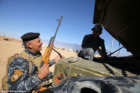 Vu khi va the tran cua quan doi Iraq trong chien dich giai phong Mosul - Anh 10