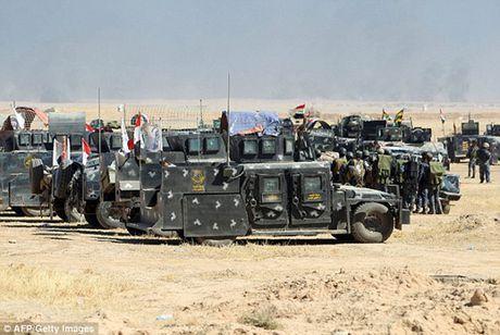 Vu khi va the tran cua quan doi Iraq trong chien dich giai phong Mosul - Anh 1