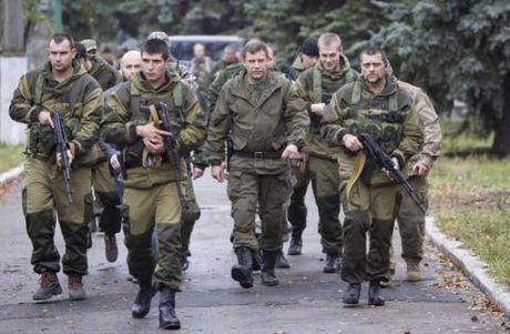 Ukraine na phao mien Dong, do loi giet nguoi cho Nga - Anh 2