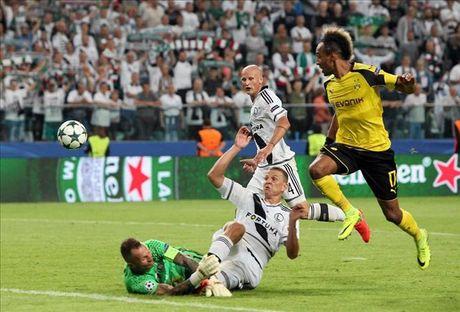 01h45 ngay 19/10, Real Madrid vs Legia Warszawa: Bernabeu mo hoi - Anh 2